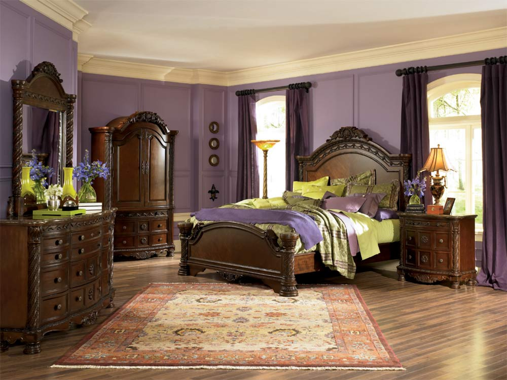 North Shore Sleigh Bedroom Set