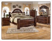 Gabriela Poster Bedroom Set with Traditional Design Signature Design by Ashley Furniture