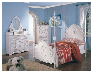 Sophie Poster Bed Bedroom Furniture Set in White Finish by Coaster - 400100